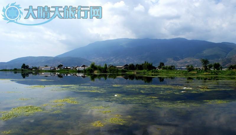 洱源西湖风景区位于大理白族自治州洱源县右所西部的佛钟山麓