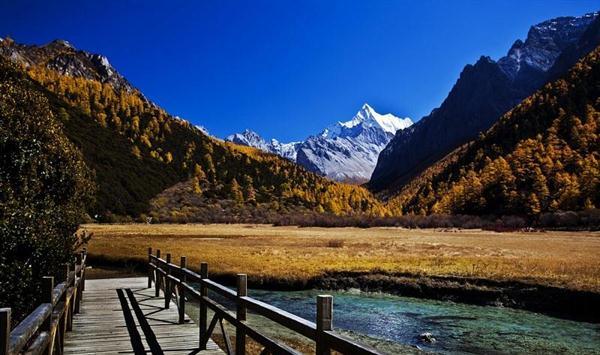 初冬最后的稻城亚丁之行-爱哪哪去旅行分享网